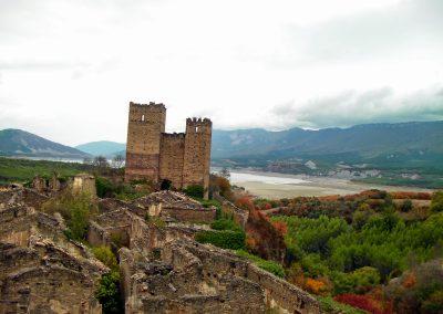 Ruesta-castillo-pantano-yesa